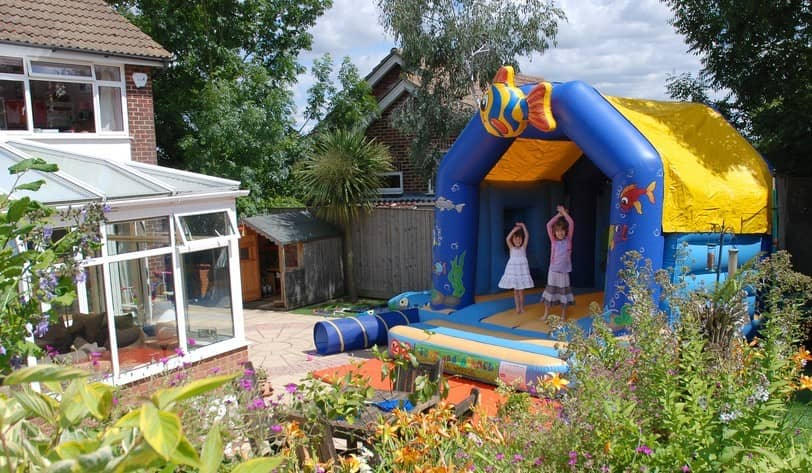 Why Bounce Houses Are Perfect For Parties